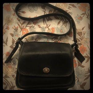 COACH vintage black genuine leather tote purse bag